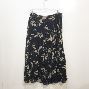 Talbots Size 8 Black Floral Skirt Midi Career